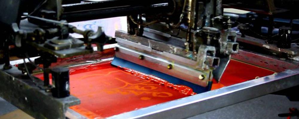 Шелкография - трафаретная печать на одежде